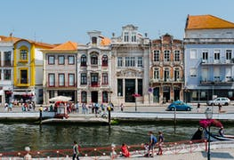 How to Apply to an International University in Portugal in