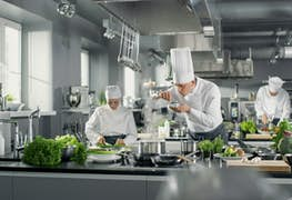 Top 3 International Study Destinations for Becoming a Chef in 2021