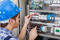Should I Study Electrical Engineering in the U.S.? Studies and Careers in 2020