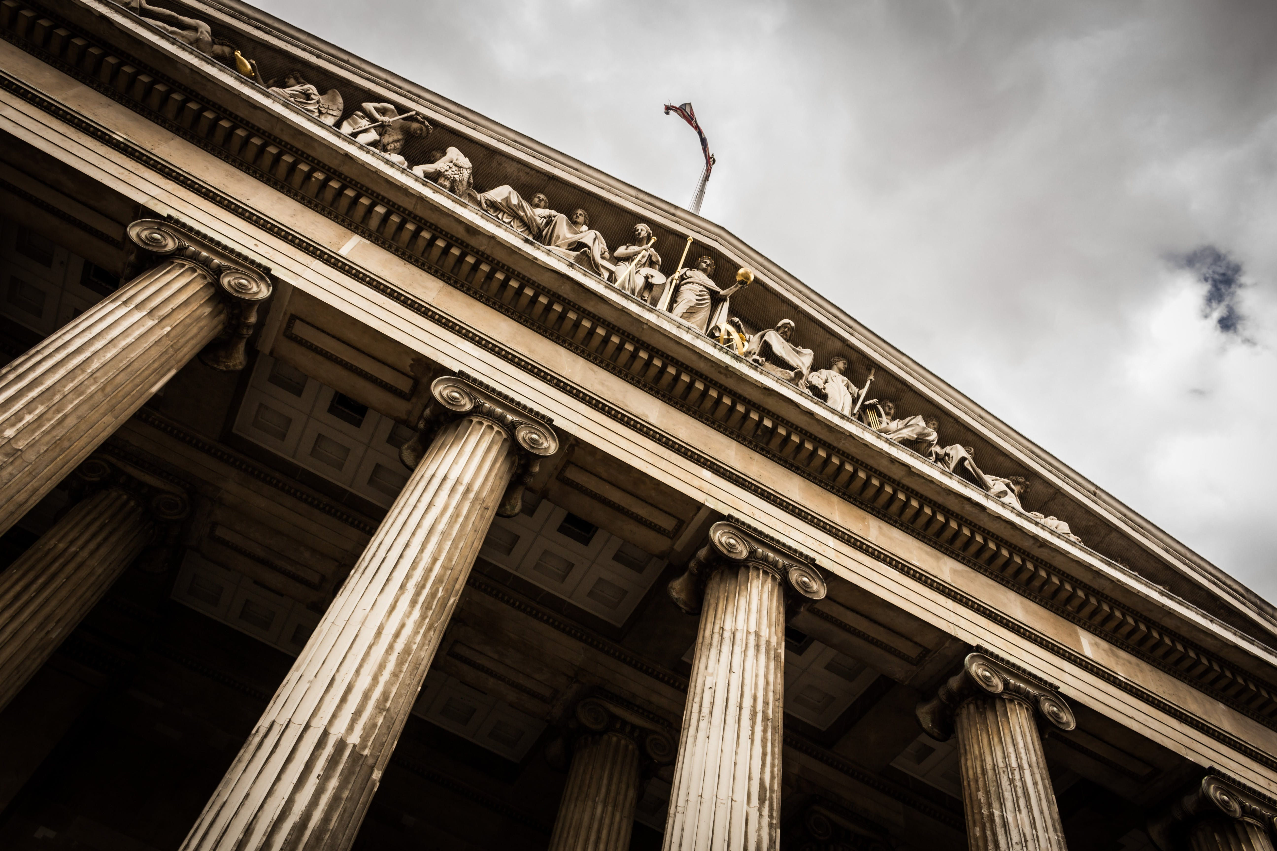 Best European Law Schools You Should Keep Your Eyes on in