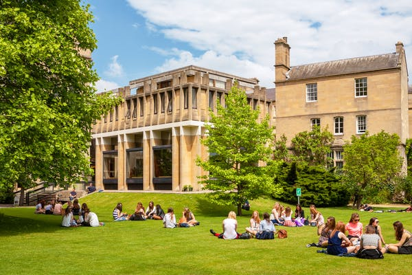 10 top uk universities with the best campus life in 2017 2018