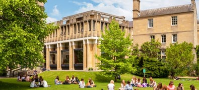 10+ Top UK Universities with the Best Campus Life in 2018-2019