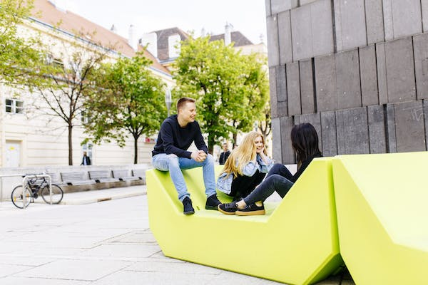 apply to a university in Austria
