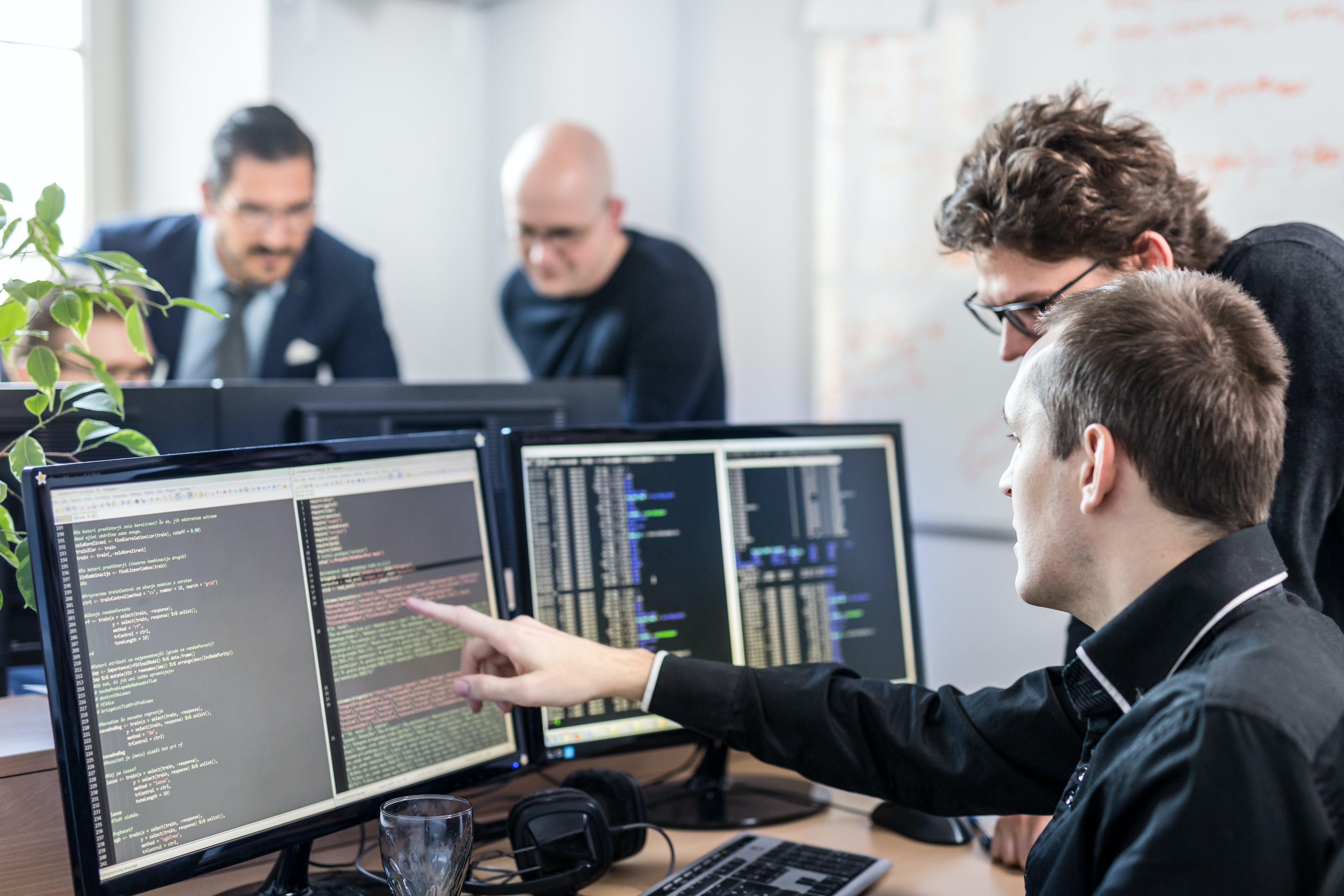 Top Reasons to Study Computer Science or IT - MastersPortal com