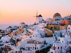 7 Reasons to Study Abroad in Greece - International Degrees in a Holiday Destination