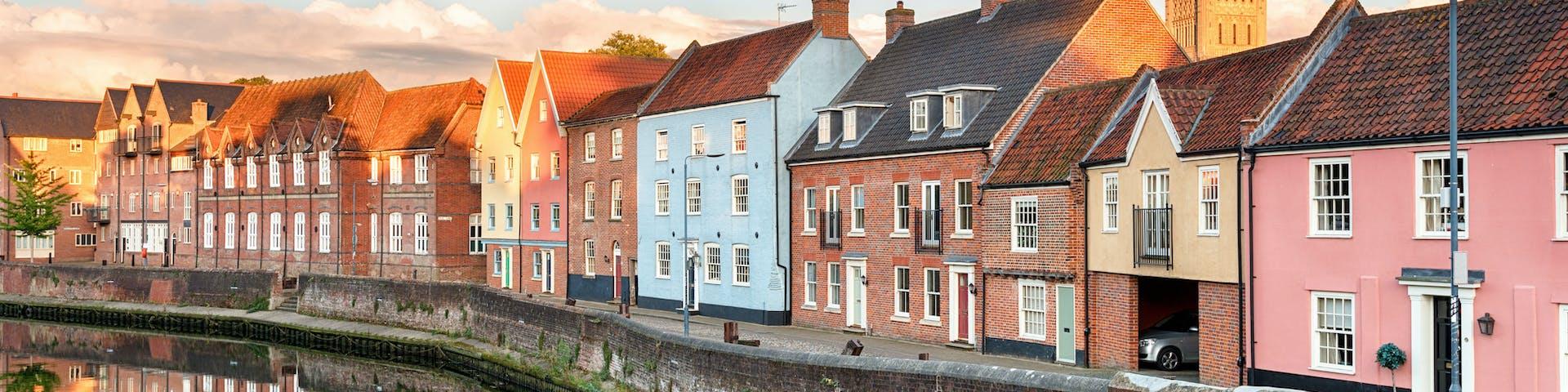 Bachelors degree in Norwich - United Kingdom ...