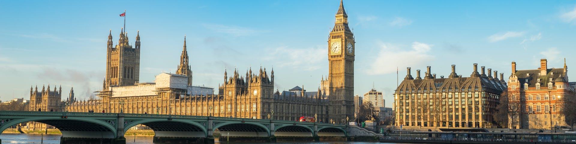 98 Online PhDs by universities in United Kingdom