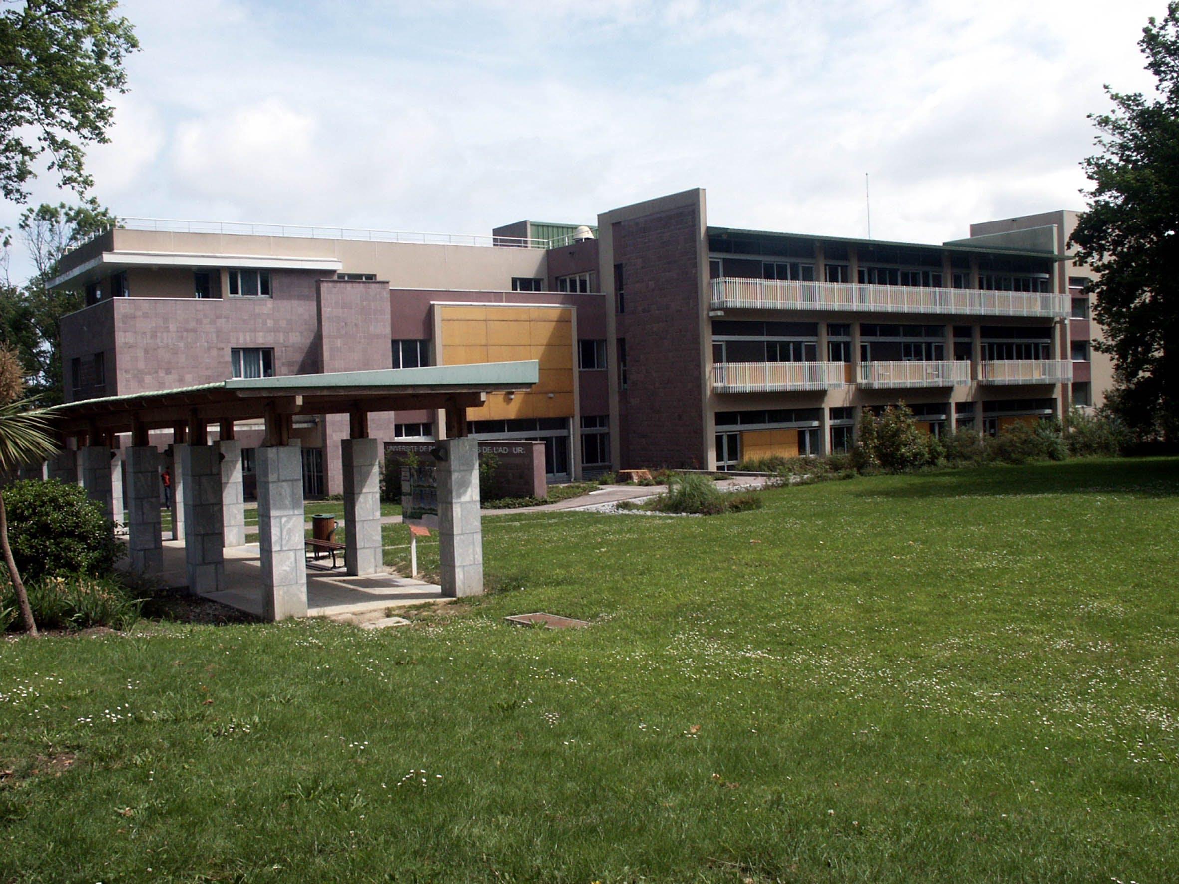 University of pau and pays de ladour pau france mastersportal.com
