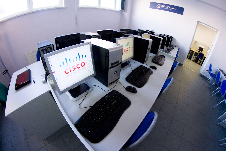 Technology Management Image: University Of Information Technology And Management