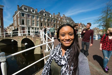 Study hard and enjoy student life at Leiden University_resized.jpg