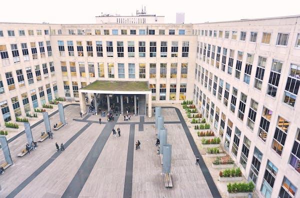 dauphine_university.jpg